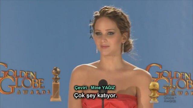 Jennifer Lawrence - Altın Küre Ödüllerinde Soruları Yanıtlıyor