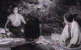 Gizli Kale (1958) fragmanı